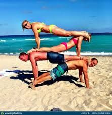 Check out the amazing Acro/Partner Yoga by Jeffrey Bent; yoga pose performed at Miami, United States on YogaTrail; the World's Yoga Network. Group Yoga Poses, Partner Yoga Poses, Yoga Poses For Men, Partner Dance, Yoga Inspiration, Miami Beach, Summer Beach, Three Person Yoga Poses, Yoga Fitness