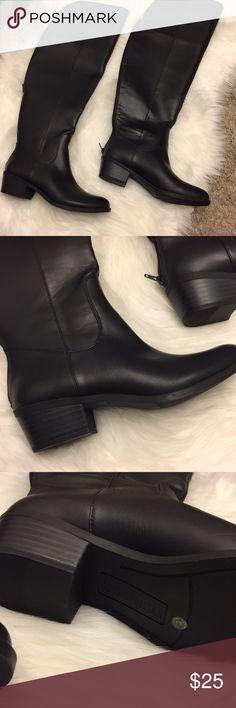 Cosmopolitan SZ 7 ManMade Leather Knee High Boots Black Cosmopolitan SZ 7 ManMade Leather Knee High Boots cosmopolitan Shoes