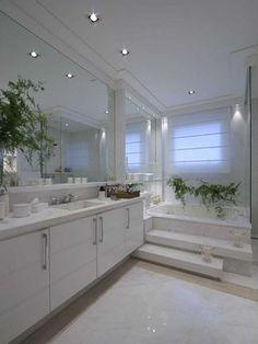 Decoração de Banheiro Claro pelas Arquitetas Andrea Teixeira e Fernanda Negrelli