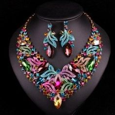Luxury Bridal Jewelry Sets Wedding Necklace Earring For Brides Party Accessories Gold Plated Leaf Flowers Decoration Gift Women http://ift.tt/2u5LG0j  #jewelry #jeweleryshop #jewellerystore #jewelleryonline #onlinejewelry #jewellery #myinstagram #onlineshopping #necklace #necklaces #jewelryaccessories