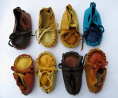 Small Deer Skin Baby Moccasins, dual color, baby shoes, Handmade