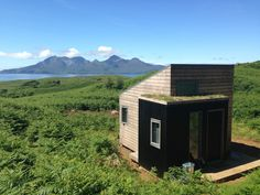Self catering holiday accommodation on the Isle of Eigg. Simple, contemporary, quirky bothy and shepherd's hut with peace, quiet, incredible views and sunsets. Small House Swoon, Tiny House France, Small Cottages, Small Cabins, Country Cottages, Bothy, Surface Habitable, Tiny House Movement, Holiday Accommodation