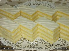 Discover recipes, home ideas, style inspiration and other ideas to try. Eastern European Recipes, European Cuisine, Hungarian Desserts, Hungarian Recipes, Cheesecake Recipes, Cookie Recipes, Dessert Recipes, Sweets Cake, Other Recipes