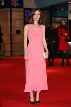 Balenciaga - Style Crush: Rose Byrne on the Red Carpet - Photos
