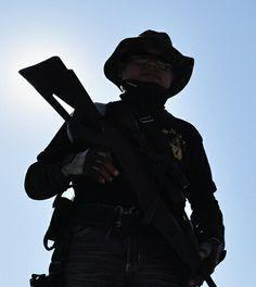 Michoacán: de la autodefensa al conflicto armado Greatest Hits, Silhouette, Red, Blog, Civil Society, Crime, Hipster Stuff