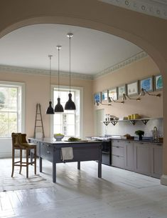 Paint Finishes for Kitchen Wall New Steal This Look A Plaster Pink Kitchen In Bath England Plain English Kitchen, English Kitchens, All White Kitchen, Kitchen And Bath, Grand Kitchen, Stone Kitchen, English Cottage, English House, Welsh Cottage
