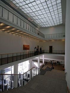Wallraf-Richartz-Museum, Köln | Flickr - Photo Sharing!