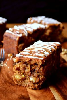 Spiced Apple and Walnut Traybake - a flavoursome and festive cake full of apples and walnuts to keep things rustic and cosy. Tray Bake Recipes, Baking Recipes, Cake Recipes, Dessert Recipes, Desserts, Apple Recipes, Sweet Recipes, Walnut Recipes, Cake Stall