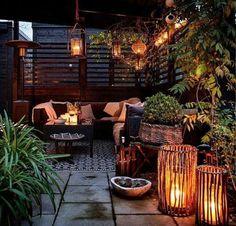 ideas-para-decorar-terraza-muebles-de-ratan-muchas-velas
