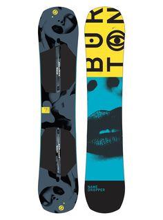 Men's Burton Name Dropper Snowboard shown in 148 Snowboarding Men, Ski Fashion, Fashion 2018, Burton Snowboards, Guy Names, Bmx, Skateboard, Man Shop, Angles
