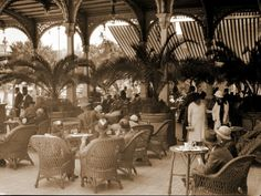 The terrace of Grand Continental Hotel, circa - Egypt Traveller's Tales, Vintage Hotels, Old Egypt, Old Advertisements, Egypt Travel, Grand Hotel, The Good Old Days, Cairo, Alexandria
