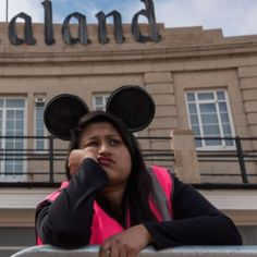 """Dismaland, """"il tetro"""" park (vietato ai bambini) firmato Banksy"""