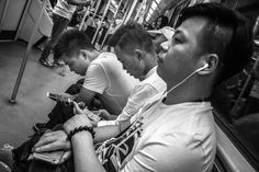 Social Media… the importance of being Social. Line 2, Shanghai Metro. Friday, 10th June, 2016. Photography Wil Graham