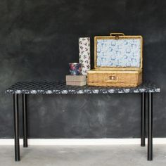 craft tables! Mod podge crafts table