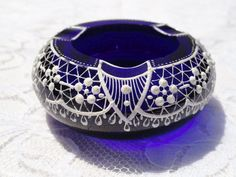 Vintage Parad Cobalt Blue Glass Ashtray Hand Painted Paradsasvar Hungary Signed Glass Vessel, Cobalt Blue, Hungary, Porcelain, Bodysuit, Pottery, Hand Painted, Mini, Pretty