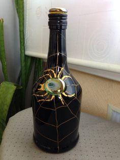 Роспись по стеклу Wine Bottle Corks, Diy Bottle, Wine Bottle Crafts, Cork Art, Painted Wine Bottles, Altered Bottles, Recycled Bottles, Bottle Painting, Polymer Clay Projects