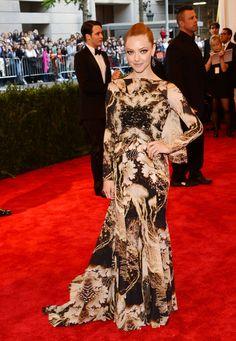 Amanda Seyfried Long Partially Braided - Amanda Seyfried Looks - StyleBistro
