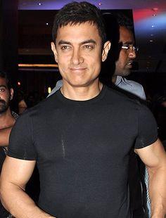 Aamir Khan now has a new address! - http://www.bolegaindia.com/gossips/Aamir_Khan_now_has_a_new_address-gid-35802-gc-6.html
