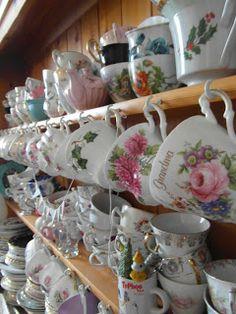 vintage china display