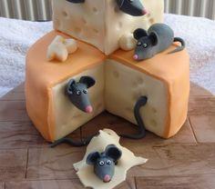 gateau-original-pour-cadeau-exceptionnelle-des-rats-sur-fromage