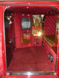 Bedford CF2 Van: Dezembro 2011 Custom Van Interior, Bus Interior, Campervan Interior, Customised Vans, Custom Vans, Vans Customisées, Chevy Vans, Maserati, Bugatti