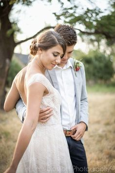 Lens Blossom Photography: Jordan and Andrew's Outdoor Wedding  Bridal Party Bridals Groomals Details Cake Invitations Stationery  Boquet Kiss