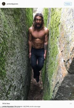 Fit physique: Jason stripped off for this snap where he wedged himself between two walls during his Parisian escapades