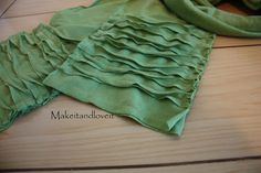 I LOVE this scarf and I am going to make it!!!