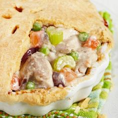 Chicken Pot Pie with a Whole Wheat Crust #chickenpotpie #comfortfoods #cleaneatingrecipes