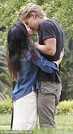 Vanessa Hudgens & Austin Butler fav celeb couple