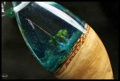 Alien vida resina madera collar joyería hecha por CutBranchJewelry