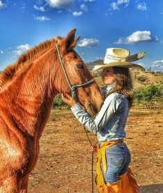 Gorgeous woman and her horse – Art Of Equitation Sexy Cowgirl, Cowgirl Mode, Style Cowgirl, Cowgirl Outfits, Cowboy And Cowgirl, Western Outfits, Western Girl, Western Chic, Western Wear