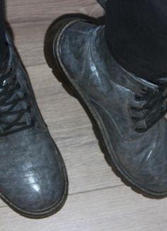 Kup mój przedmiot na #vintedpl http://www.vinted.pl/damskie-obuwie/inne-obuwie/13854941-glany-botki-martensy-szare