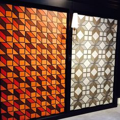 Trend spotting at #Cersaie2015: #Sexytile by @tomdixonstudio for @bisazzaofficial - We #instalove the interplay of bold #geometric #pattern and #colors / Grazie danke merci gracias & THANKS again to @zouzouhome for the photo from #cersaie! / #tiletuesday #tiles #tile #tiled #interior #interiors #interiordesign #interiordesigner #idcdesigners #tiledesign #tileaddiction #interiorinspo #instahome #instadecor #homedecor #interiordecoration #bathroom #kitchen #commercialdesign #architecture…