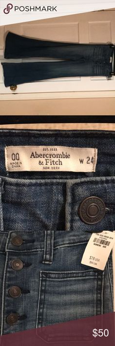 Abercrombie and Fitch wide leg bell bottoms Never worn! The tags are still attached. Super cute on! Abercrombie & Fitch Jeans Flare & Wide Leg