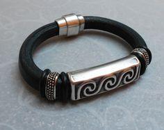 Rugged Regaliz Bracelet
