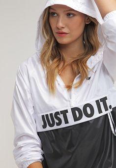 Femme Nike Sportswear CITY - Veste légère - white/white/black/black blanc: 60,00 € chez Zalando (au 24/03/16). Livraison et retours gratuits et service client gratuit au 0800 740 357.