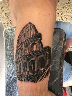 Colosseo Simone Boccolucci Instagram: @simone.boccolucci_tattoo