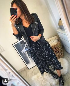 Discover recipes, home ideas, style inspiration and other ideas to try. Susanna Boots, Mode Outfits, Dress Outfits, Fashion Outfits, Spring Fashion, Autumn Fashion, Buckle Outfits, American Eagle Outfits, Feminine Fashion