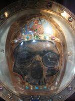 A 29 de agosto, la degollación de una cabeza, y la invención de 15 ó 20. http://preguntasantoral.blogspot.com.es/2012/06/san-juan-bautista-la-hidra-de-lerna.html #santodeldia.