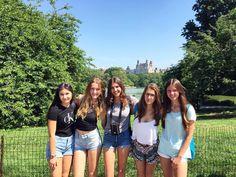 Las chicas de NY Academic.  Foto by Sara.  #Colonias  #Colonies #Campamento #Camp #Niños #Jóvenes #adolescentes #summer #young #teenagers #boys #girls #city #english #inglés #idioma #awesome #Verano #friends #group #anglès #cursos #viaje #travel #NYC #USA #EstadosUnidos #EstatsUnits
