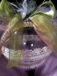 Handmade lace pearl ornament made by stasia morfi