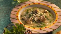 Looking for a delicious dinner? Then check out this rice and chicken soup that's ready in 50 minutes.