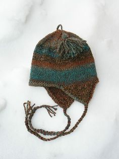 Ravelry: Free Very Basic Bulky Ear-flap Hat pattern by Anne Carroll Gilmour. Child to adult sizes