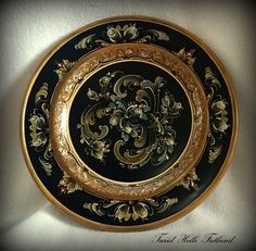 Plate painted by Turid Helle Fatland, Norway.