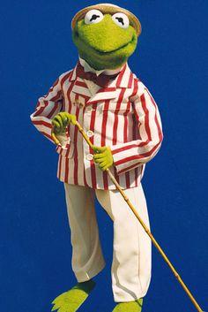 Kermit on Vaudeville circuit! I love it!