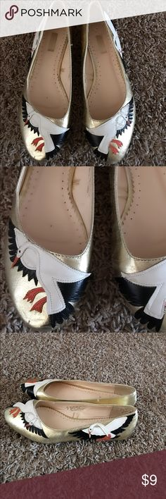 Cooperative Gold Birds shoes flats - size 7 Gently used womens Cooperative Gold Birds shoes flats - size 7 Cooperative Shoes Platforms