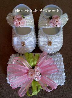 Lindos sapatinhos para princesinhas com muio estilo!! Vai com uma tiara combinada com o sapatinho, Numeração do 13 ao 15.