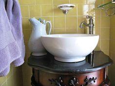 4 Considerations To Buy Vintage Bathroom Vanity