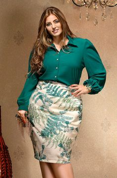 I am seriously coveting this blouse and skirt, mainly for the colours. This model has a fantastic figure. Curvy Girl Fashion, Trendy Fashion, Plus Size Fashion, Plus Size Dresses, Plus Size Outfits, Plus Size Womens Clothing, Clothes For Women, Moda Xl, Looks Plus Size